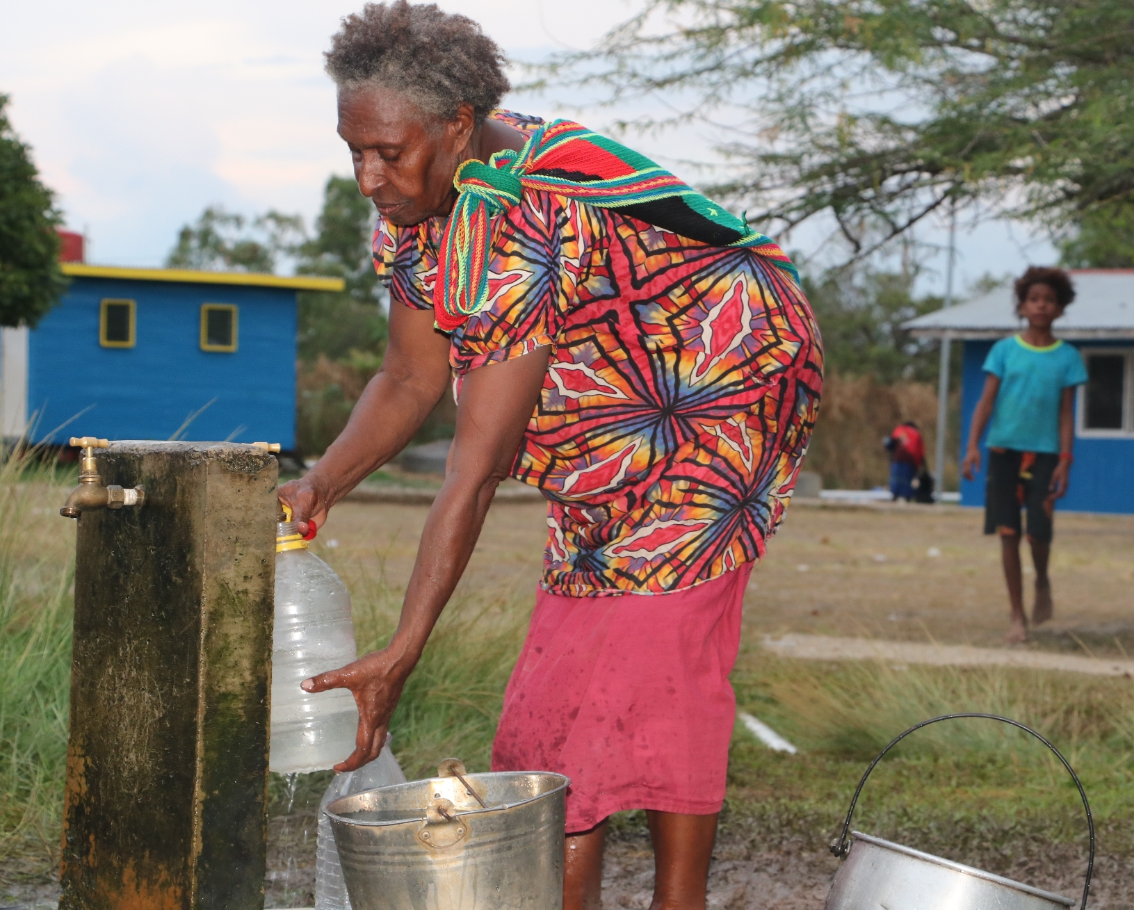 Bringing ripples of ease in accessing water for Louisa and other mothers in Daru (26)