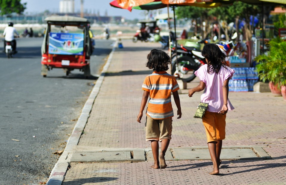 Tourists to South East Asia Call for More Action on Child Safe Tourism |  Vietnam | World Vision International