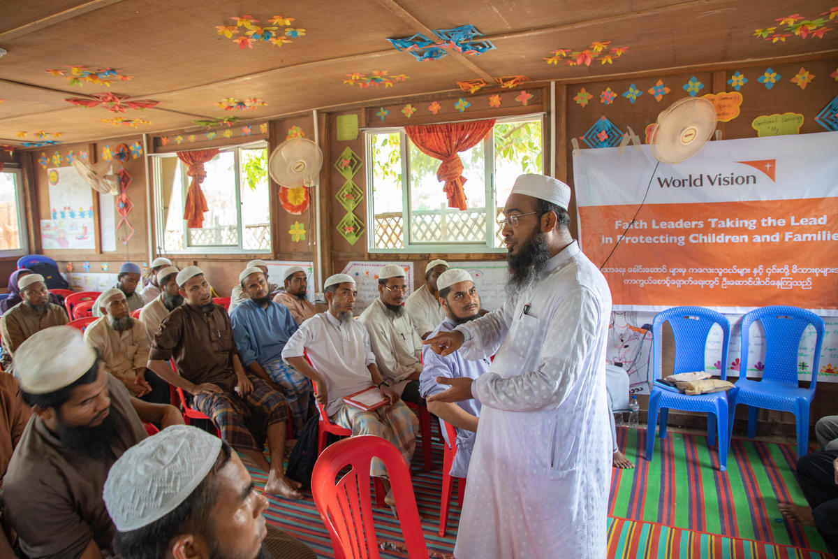 GENDER-BASED VIOLENCE PREVENTION  Imams and women leaders met to discuss ways to prevent child marriage during a recent World Vision Channels of Hope workshop.