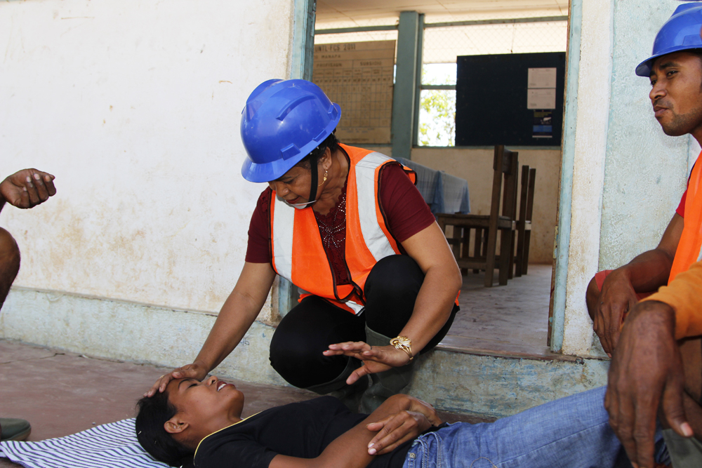 Madalena during disaster simulation exercise.  Photo: Jaime dos Reis/World Vision