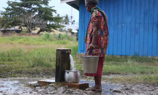 Women in South Fly to see ease in access to water burden WAVE project (21)