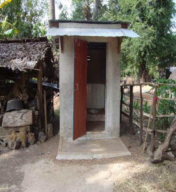 Tour de Toilette: Toilets around the world | World Vision ...