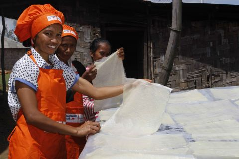Terezinha's food processing group make crackers