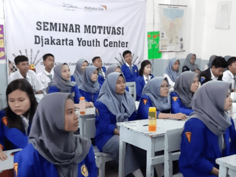 Supporting Sustainability Entrepreneurship for Students in Jakarta