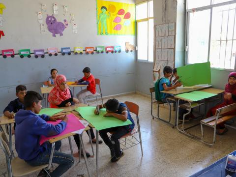 Children during BLN class in Bekaa