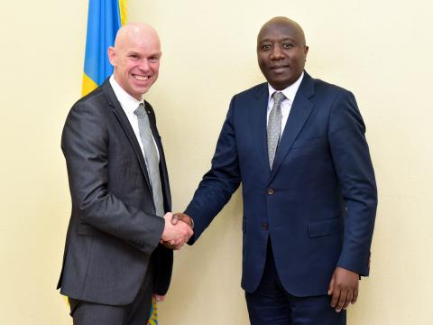 President of World Vision Visits with Rwanda's Prime Minister