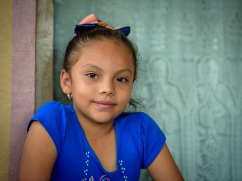 Honduran girl looking at the camera
