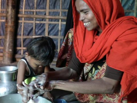 World Vision helps to prevent Corona Virus at Rohingya camps