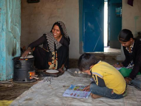Families in India are healthier thanks to cleaner stoves