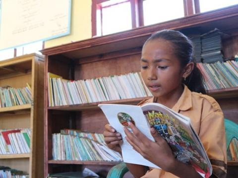 Asri is the third child of four siblings, her little sister, Grace, is in the third-grade at the same school. They both like reading.