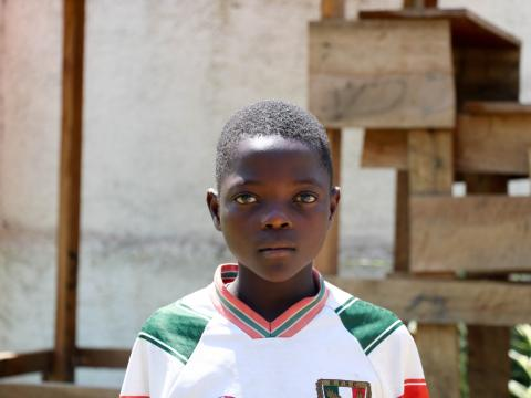 My name is Matthieu. I'm 13 years old, and I was in 5th grade before the crisis. I have a five-year-old sister and a little brother who's seven. I used to have two older brothers, but the oldest one was killed in the conflict.