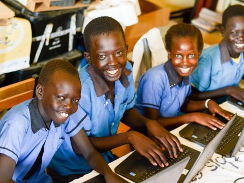 Photo: South Sudanese children on computers